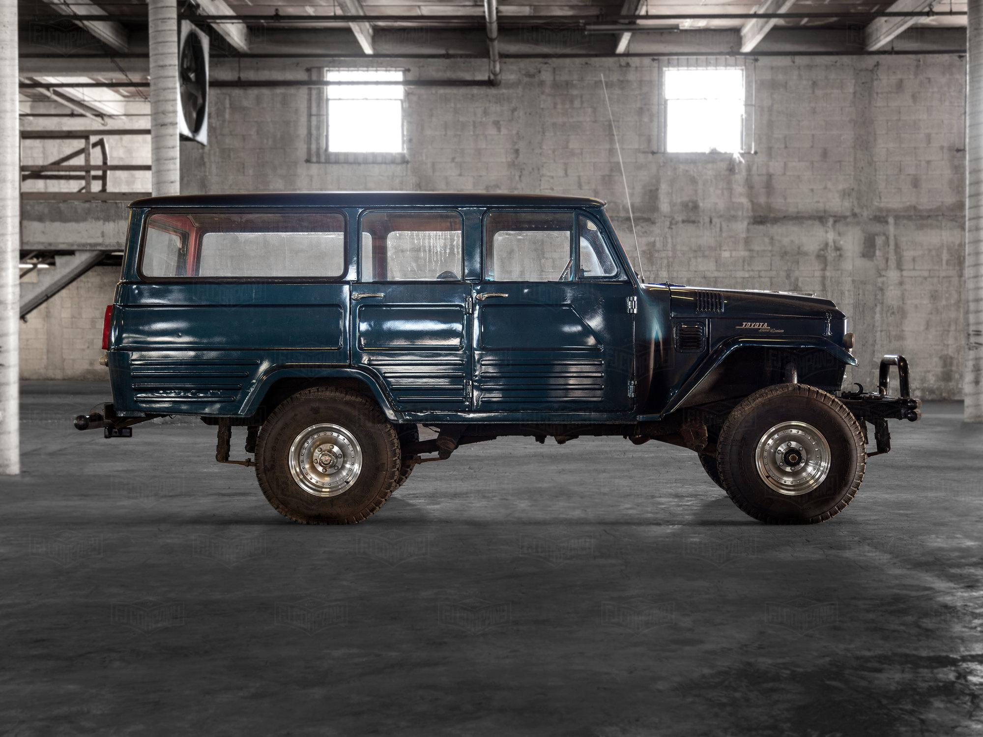 1966 Toyota Land Cruiser FJ45 LV Blue