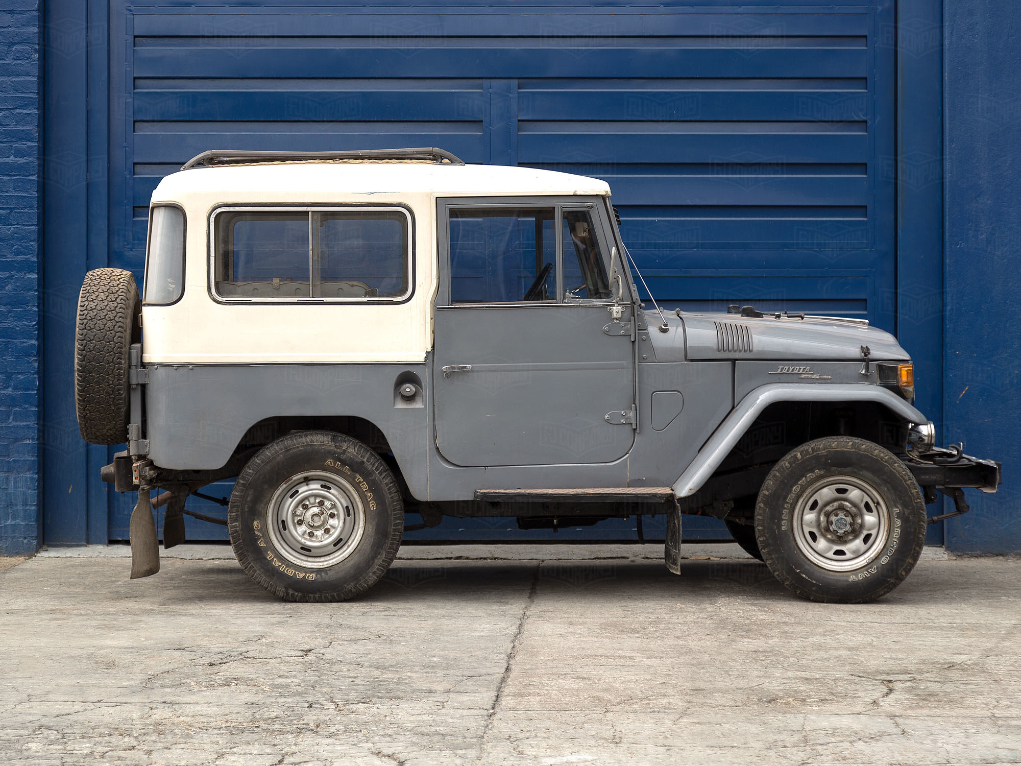 1970 Toyota Land Cruiser FJ40 Heath gray