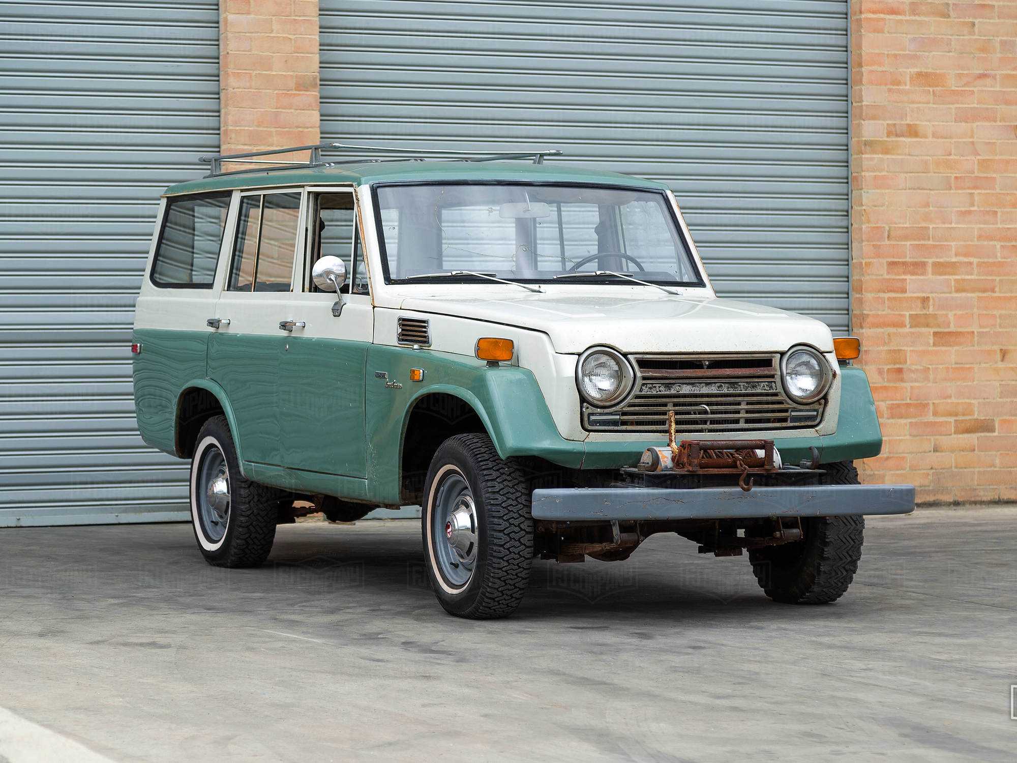 The Iron Pig - 1972 Toyota Land Cruiser FJ55