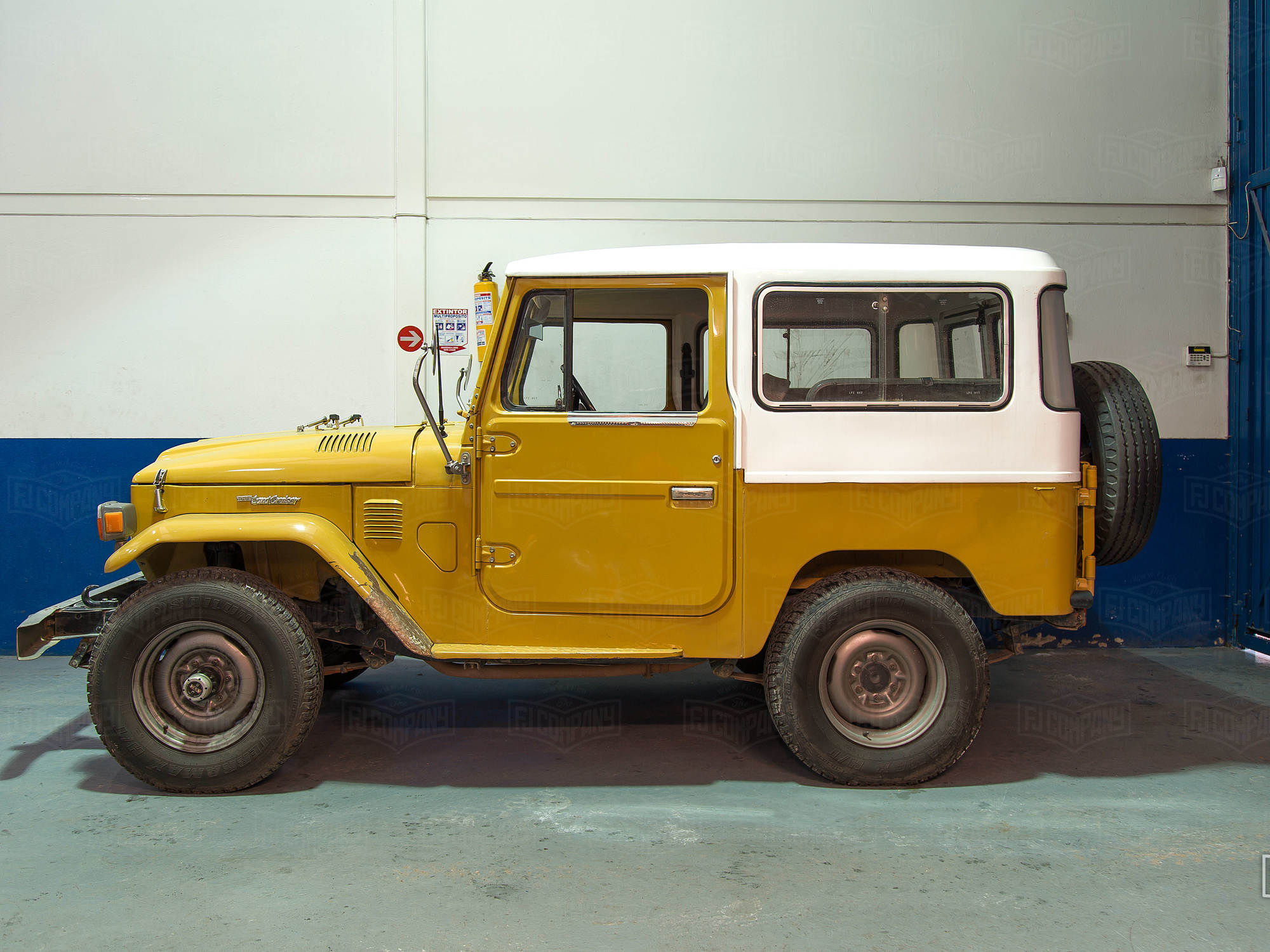 Well preserved 1976 FJ40.  First year of the 2F Engine.