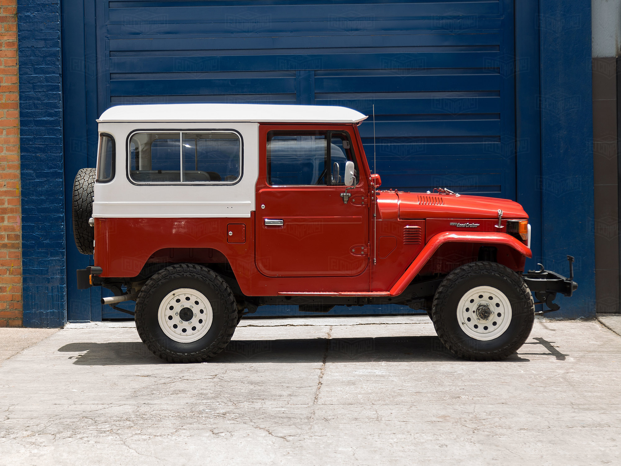 1982 Toyota Land Cruiser FJ40 Freeborn Red