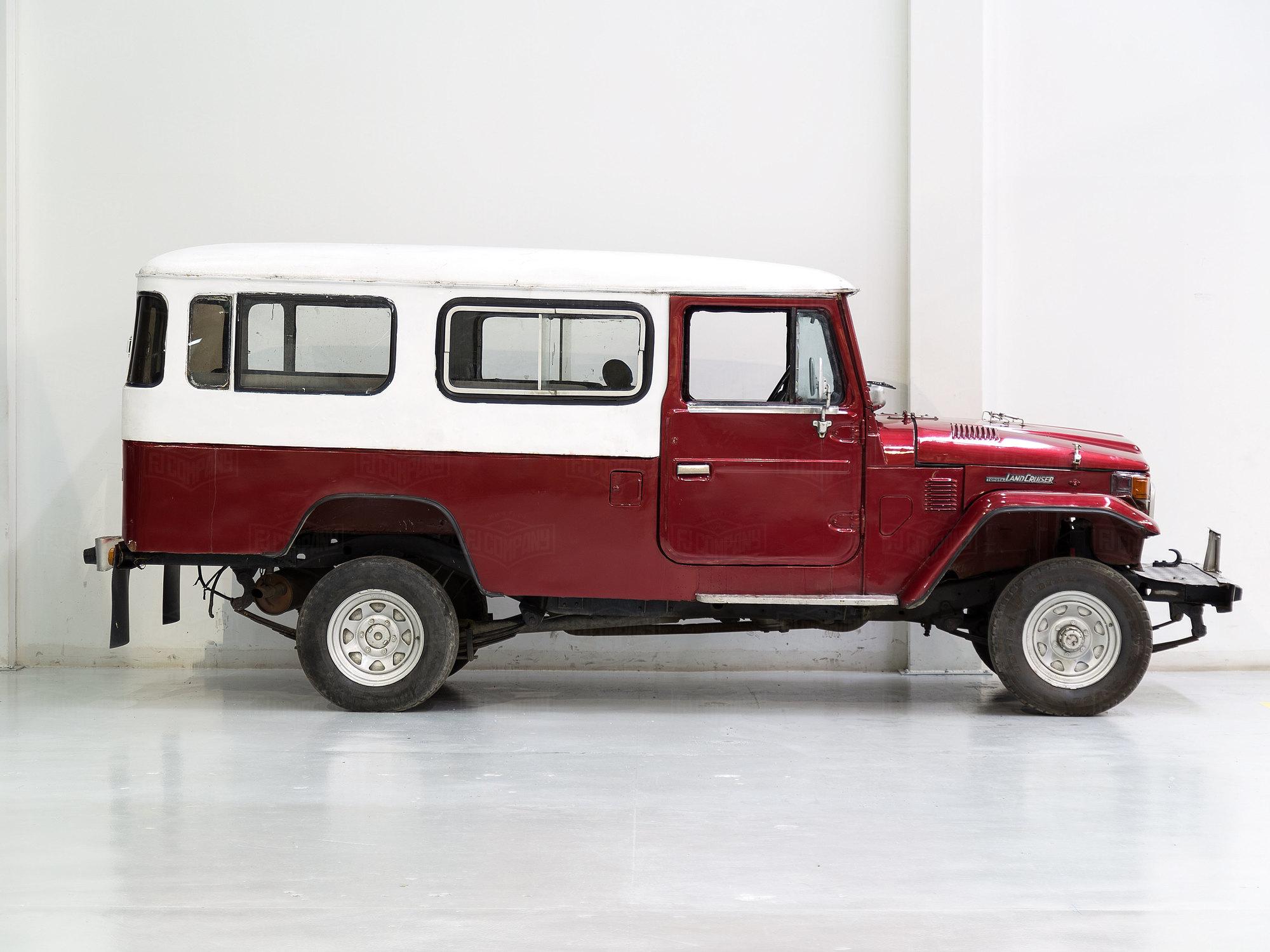 Toyota Land Cruiser 1982 FJ45 Red