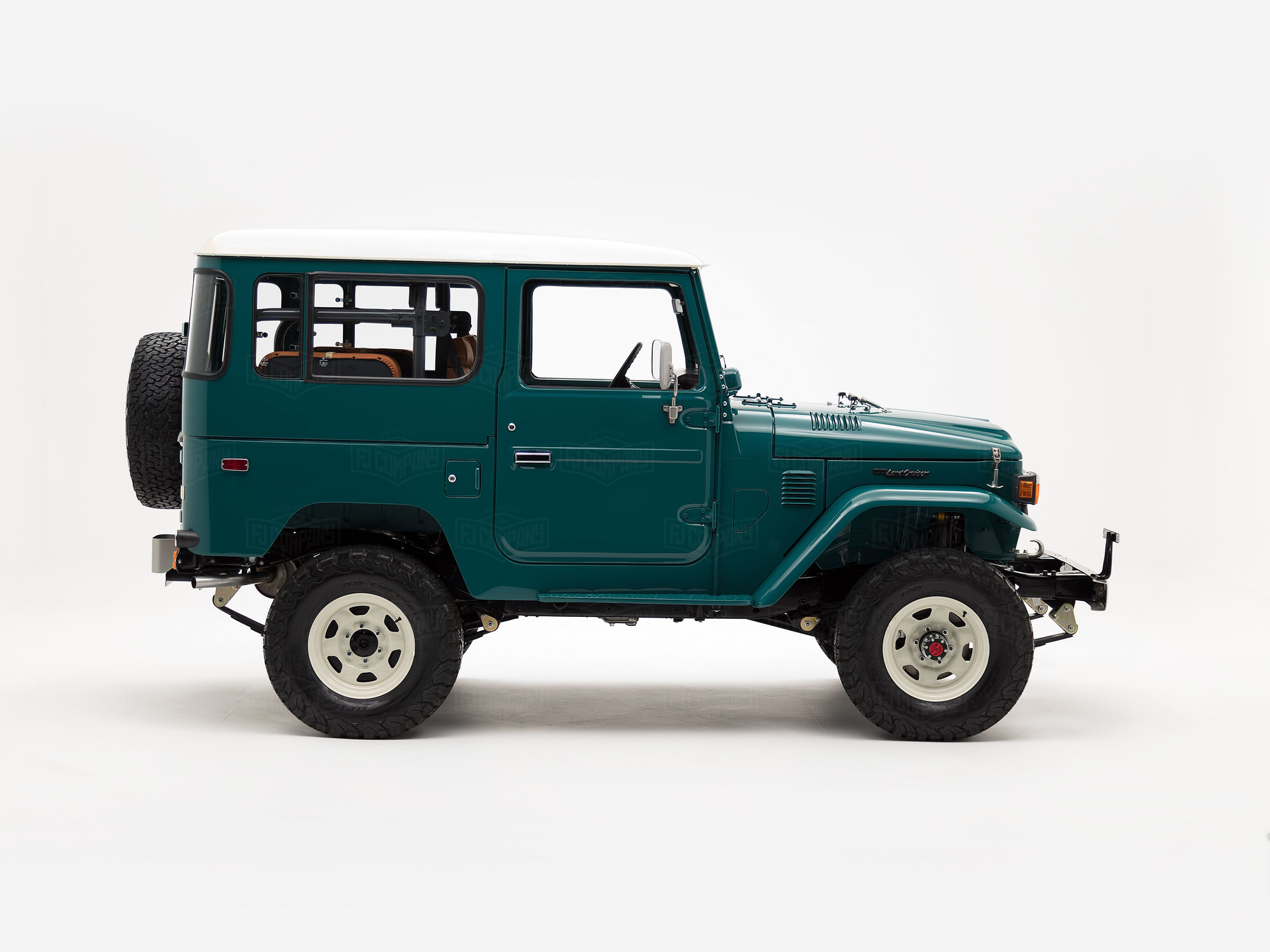 A Classic FJ40 ready for adventure.