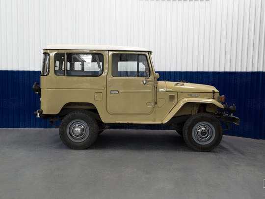 Well maintained FJ40, transformed into a fun and reliable weekend driver