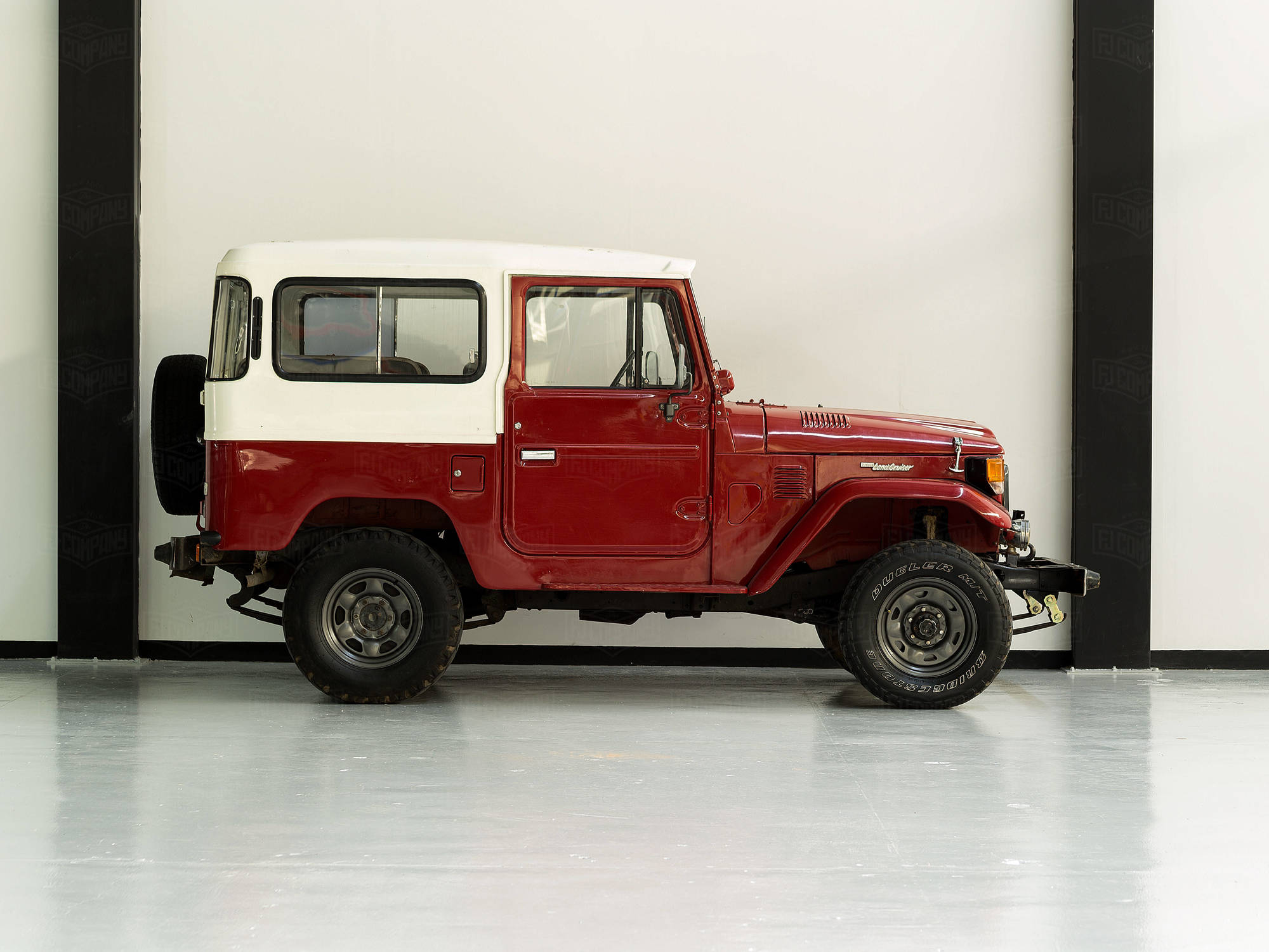 1984 Toyota Land Cruiser FJ40 Freeborn Red