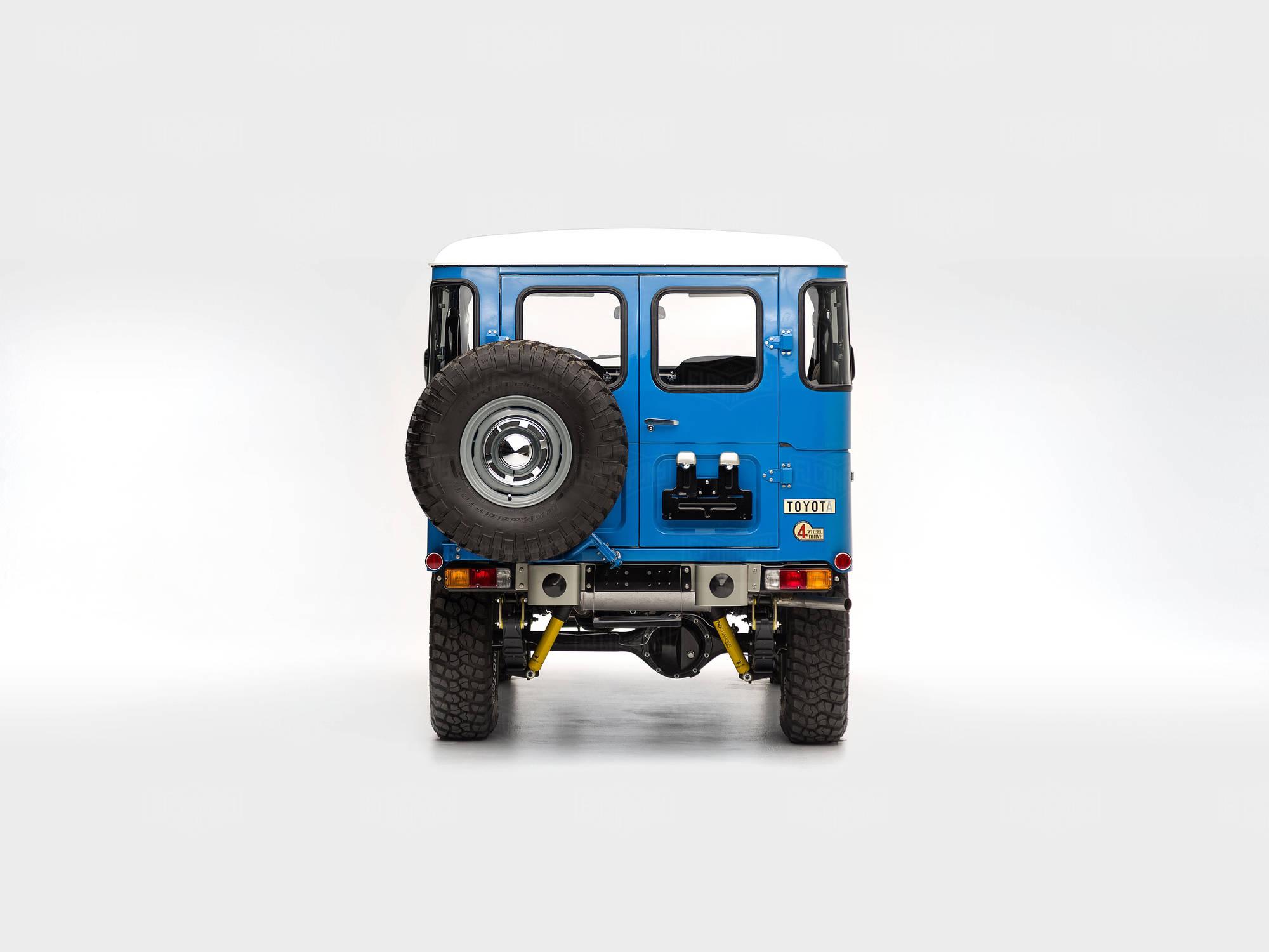 1978 fj40 - sky blue